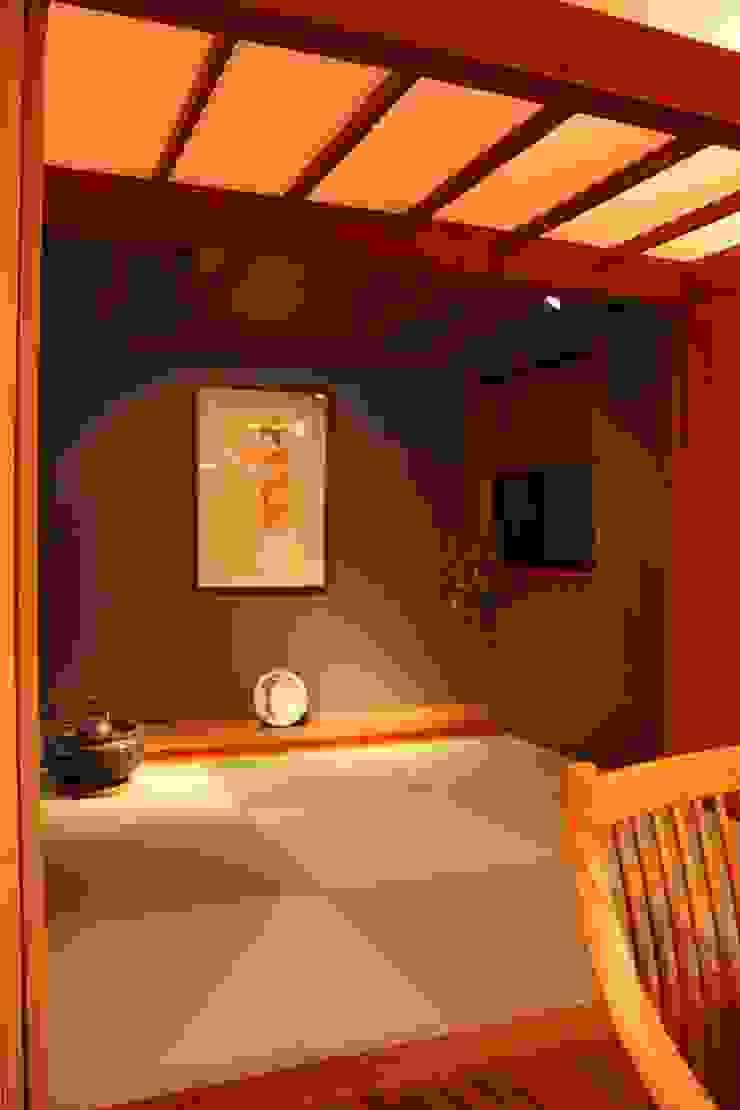 畳コーナー オリジナルデザインの ダイニング の 株式会社一級建築士事務所ジオプラス オリジナル