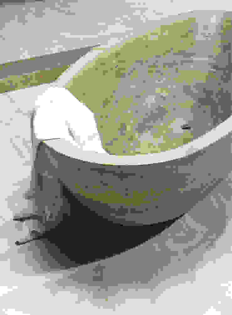 Bathtub Caucci Home Baños de estilo clásico