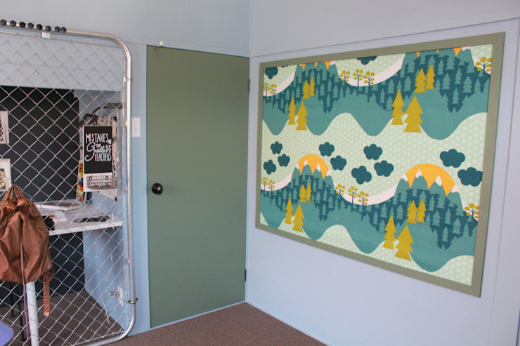 子供部屋1 after写真: 一級建築士事務所 iie designが手掛けた素朴なです。,ラスティック