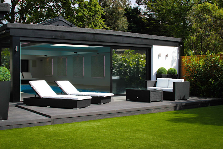 Pool House Modern garden by Leighton Home Style Modern