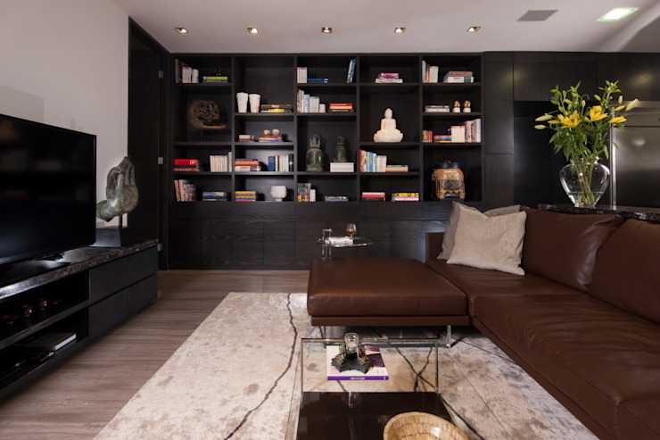 Modern style media rooms by GLR Arquitectos Modern