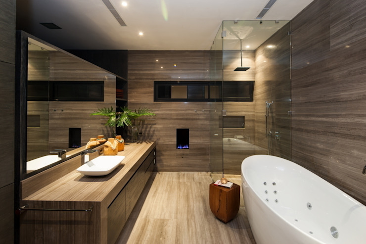 GLR Arquitectos Modern style bathrooms