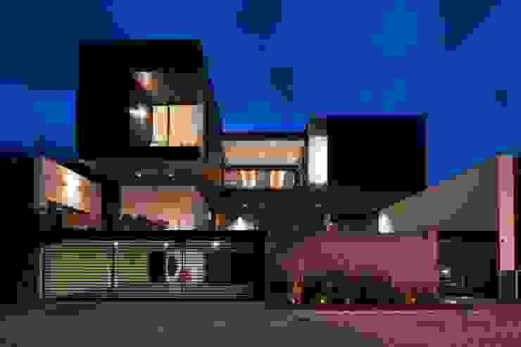 Casa CH Casas modernas de GLR Arquitectos Moderno