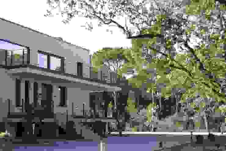 od studioLARQ - Luis Portero, arquitecto - ARQUITECTURA | INTERIORISMO Nowoczesny