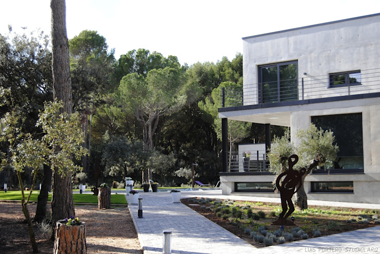 VIVIENDA PINARES. Albacete. de studioLARQ - Luis Portero, arquitecto - ARQUITECTURA | INTERIORISMO Moderno
