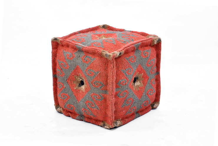 Kilim Pouf and Ottomans by Natural Fibres Mediterranean style dining room by Natural Fibres Export Mediterranean