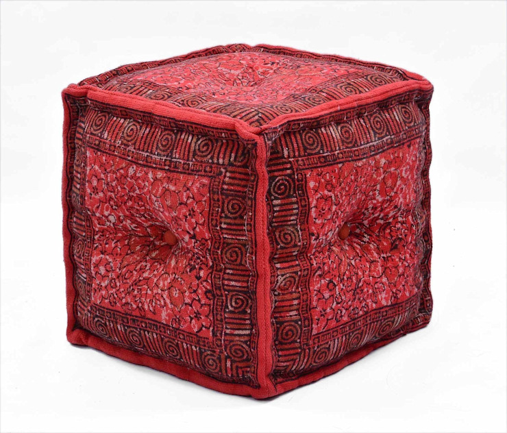Red Theme Interior : modern  by Natural Fibres Export,Modern