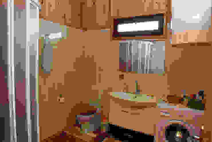 Landelijke badkamers van Kuloğlu Orman Ürünleri Landelijk
