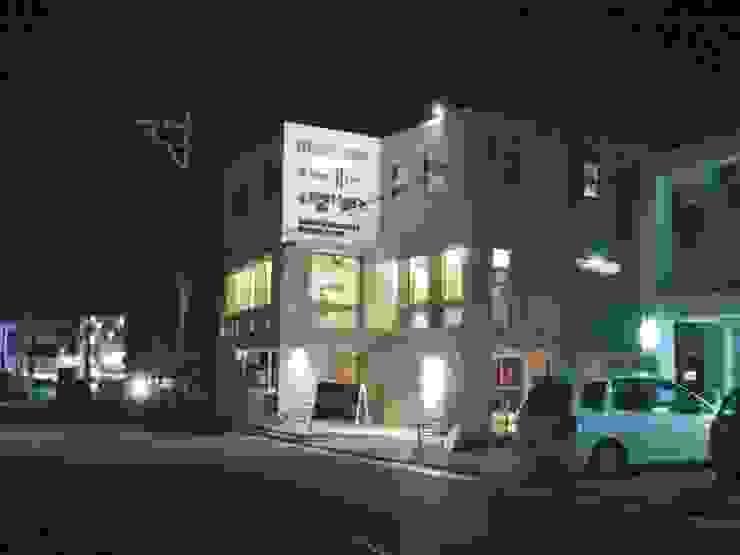(株)スペースデザイン設計(一級建築士事務所) อาคารสำนักงาน ร้านค้า