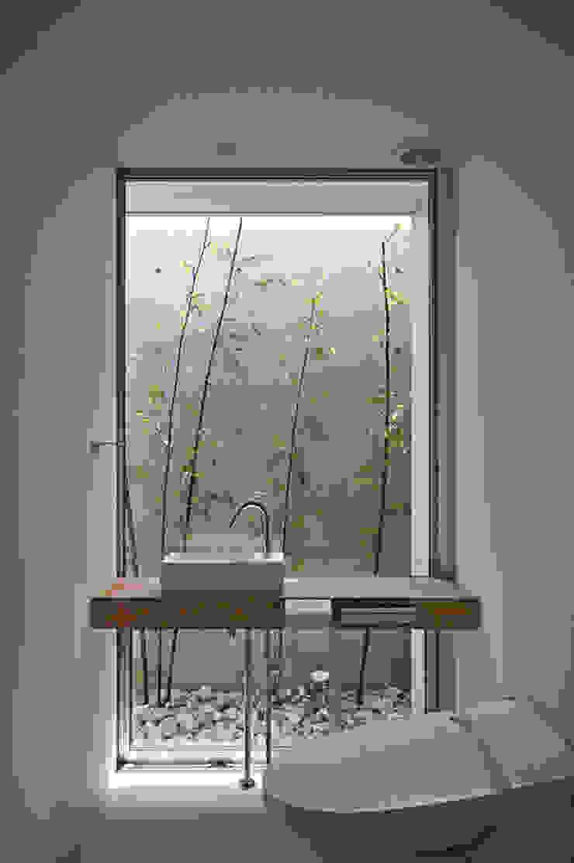 トイレ モダンスタイルの お風呂 の 空間建築-傳 モダン