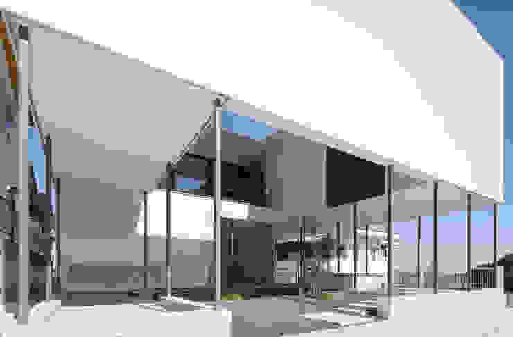 Modern home by 松本匡弘建築設計事務所 Modern