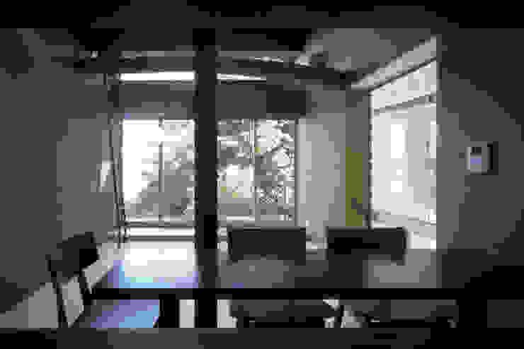 二軒屋の家 和風デザインの リビング の 松本匡弘建築設計事務所 和風