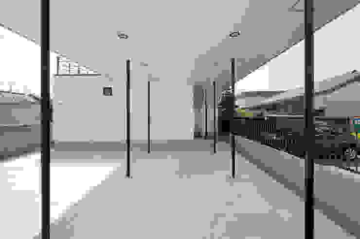 街道の家 モダンな庭 の 松本匡弘建築設計事務所 モダン