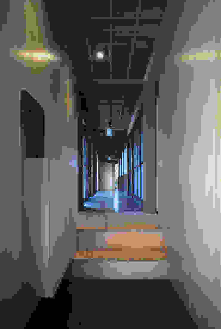 二軒屋の家 和風の 玄関&廊下&階段 の 松本匡弘建築設計事務所 和風