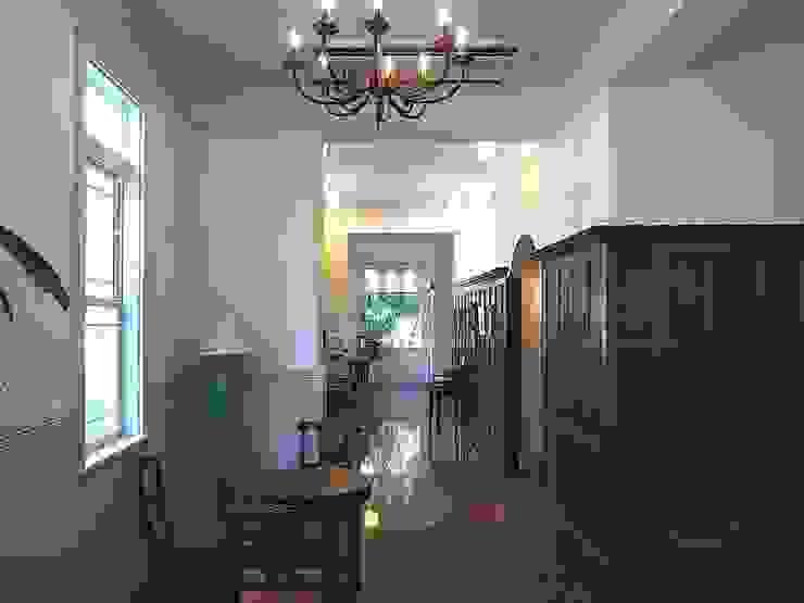 アトリエ優 一級建築士事務所 Classic style media rooms