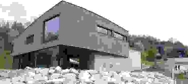 Ansicht Süd-West Moderne Häuser von Balzani Diplomarchitekten Modern