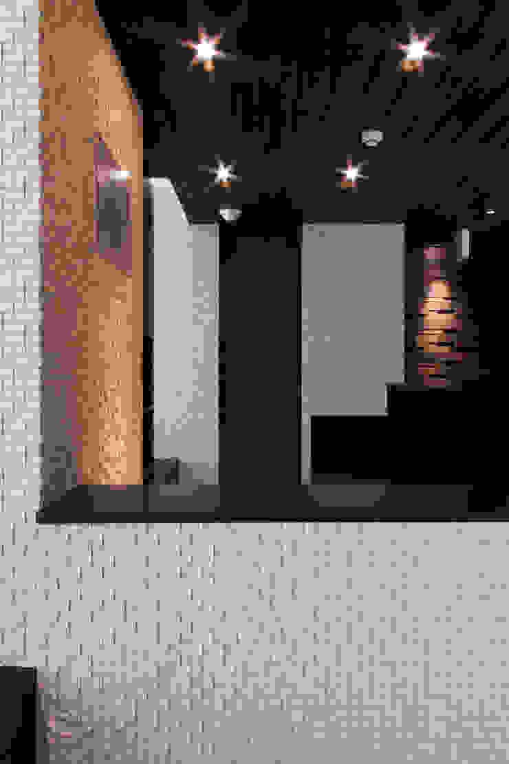 Modern clinics by 鈴木祐介建築事務所 Modern