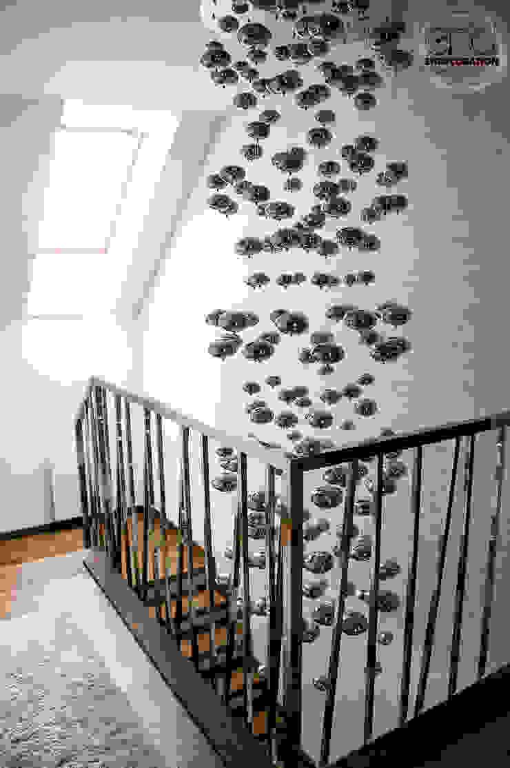 Dom pod Zambrowem Nowoczesny korytarz, przedpokój i schody od EnDecoration Nowoczesny