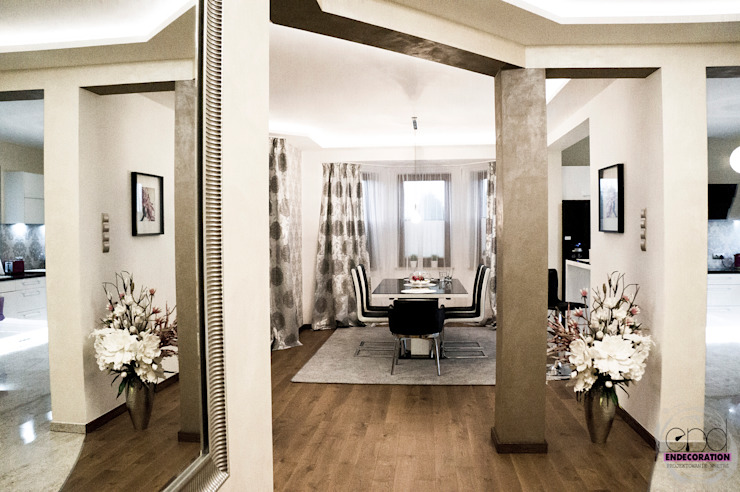 Modern dining room by EnDecoration Modern