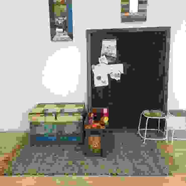 Sloophout speelgoedkist en schoolbord van Klein & Stoer Tropisch