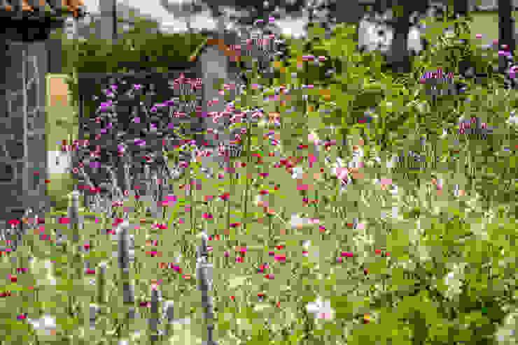 Projekty,  Ogród zaprojektowane przez Ginkgo Giardini, Wiejski