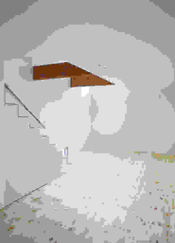 AKT モダンスタイルの 玄関&廊下&階段 の かわつひろし建築工房 モダン