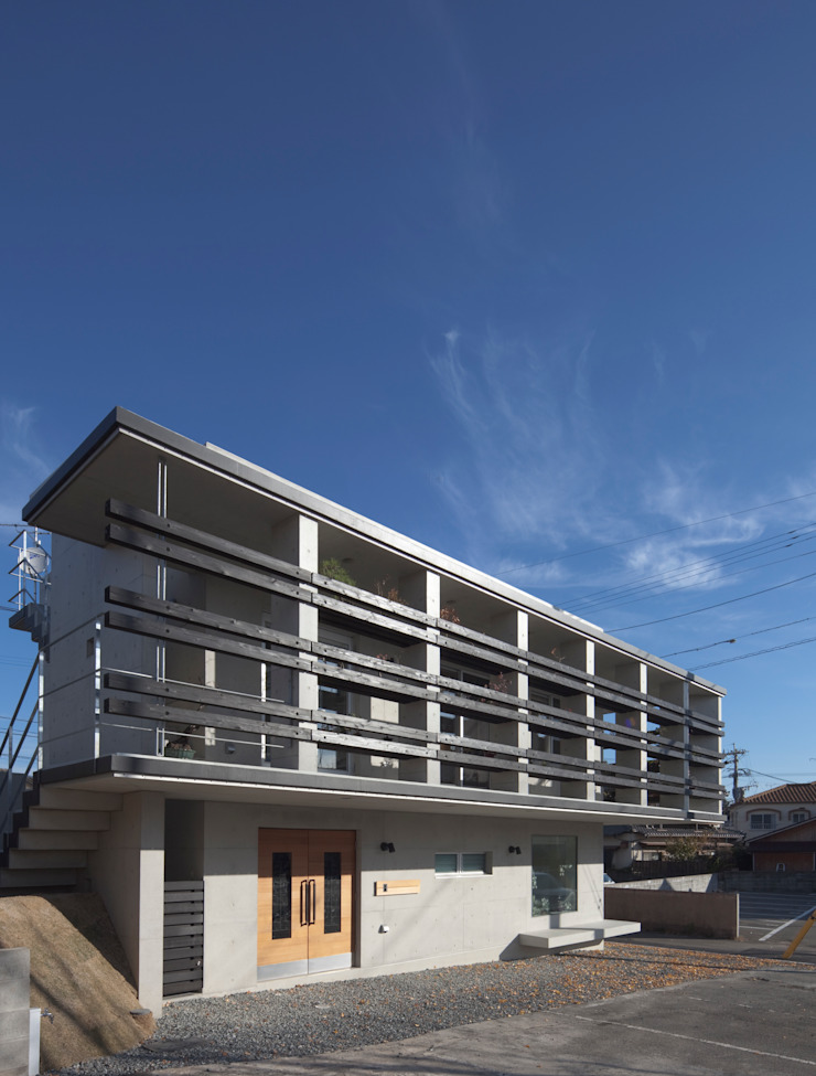 Casas modernas por かわつひろし建築工房 Moderno