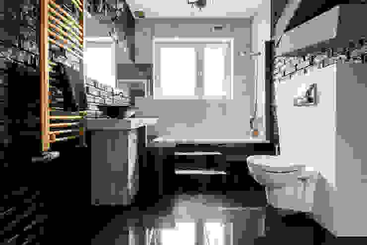 Łazienka styl eklektyczny- trochę klasyki, trochę nowoczesności i zabawa formą ! Eklektyczna łazienka od Archikąty Eklektyczny