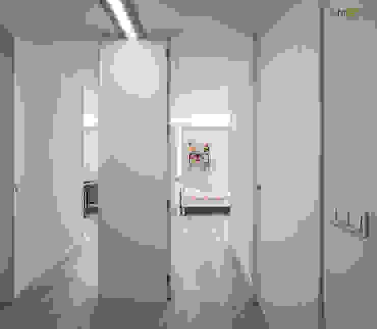 ACCESO HABITACIONES Pasillos, vestíbulos y escaleras de estilo minimalista de amBau Gestion y Proyectos Minimalista