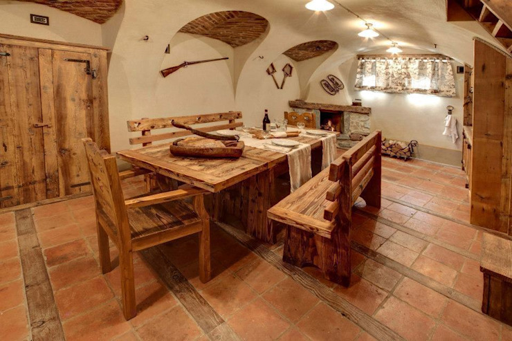 Bosc Vej s.r.l. Rustic style dining room