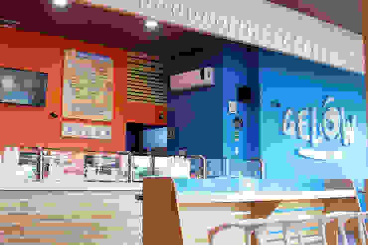 Gelow Raspados y nieve de yogurt Espacios comerciales de estilo moderno de Vulca Studio Moderno Compuestos de madera y plástico