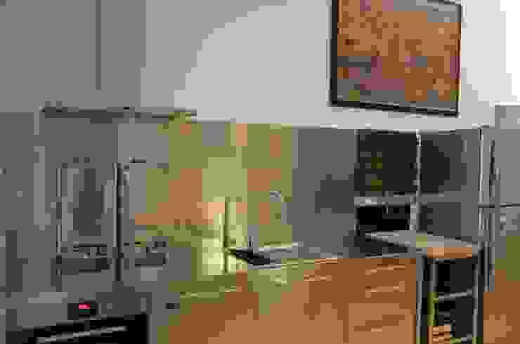 Cucina ikea:  in stile industriale di graziella bloccari architetto, Industrial