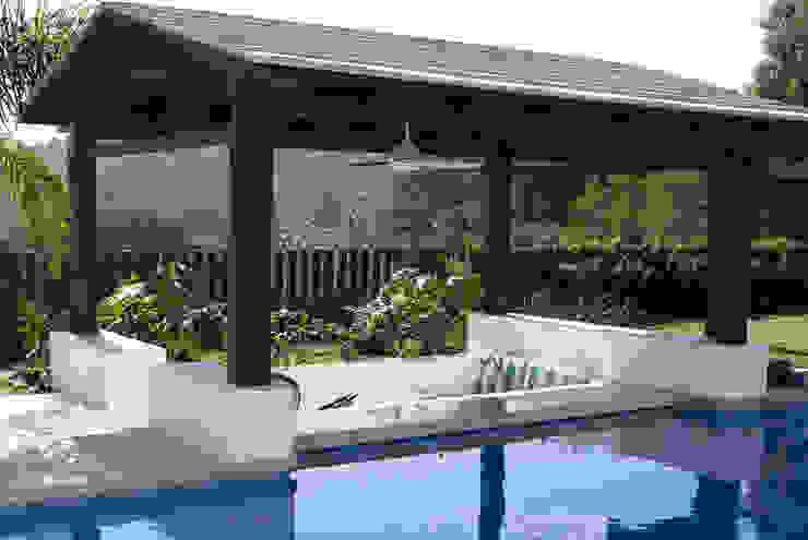 Casa Ixtapan de la Sal - Boué Arquitectos Piscinas de estilo moderno de Boué Arquitectos Moderno
