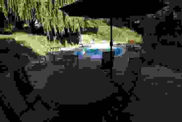 vue depuis la terrasse sur la piscine par LCDS Rural