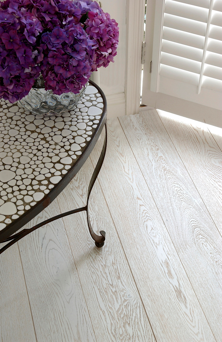 Oak White-Wash Pre-lacquered: classic  by The Natural Wood Floor Company, Classic