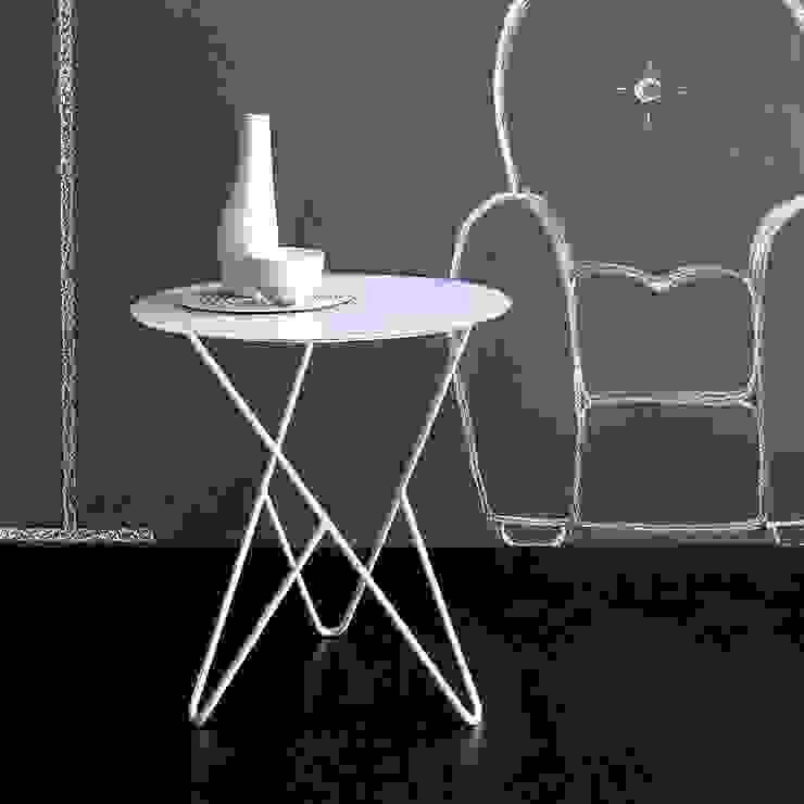 'Primula' slimline iron side table by Cosatto de My Italian Living Moderno
