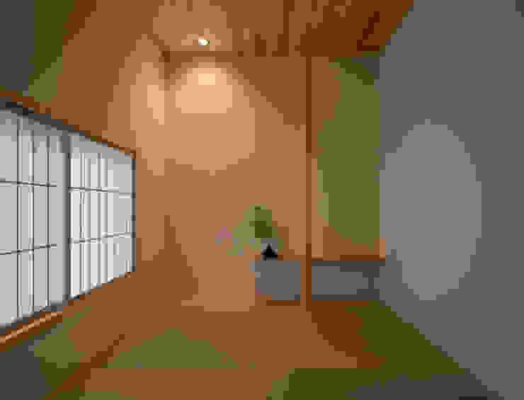 御領の家 モダンな 壁&床 の 末永幸太建築設計 KOTA SUENAGA ARCHITECTS モダン