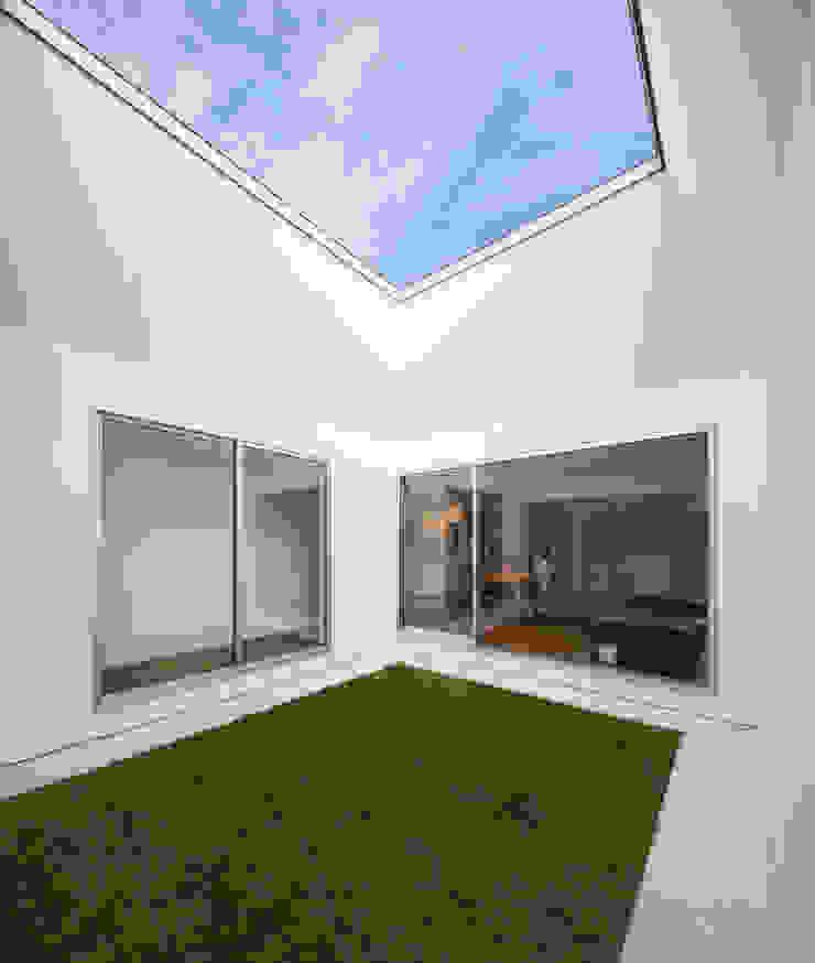 御領の家 モダンな庭 の 末永幸太建築設計 KOTA SUENAGA ARCHITECTS モダン