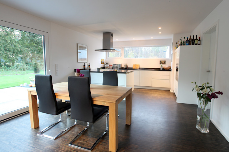 Offener Koch- und Essbereich Moderne Esszimmer von Architektur Jansen Modern