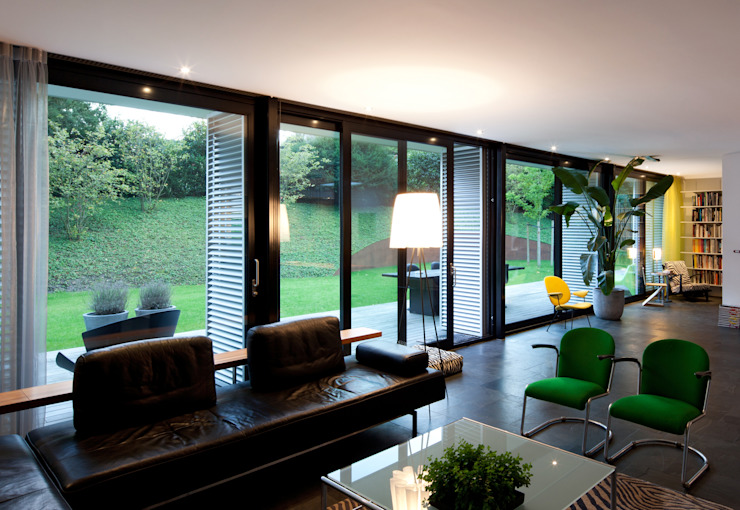 Modern living room by De Kovel architecten Modern