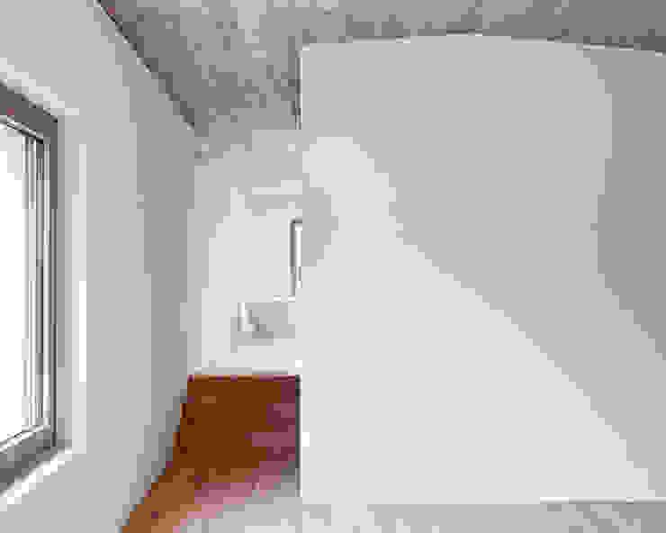 EFH ROHRMÄTTLIWEG Moderner Spa von Schmid Schärer Architekten Modern