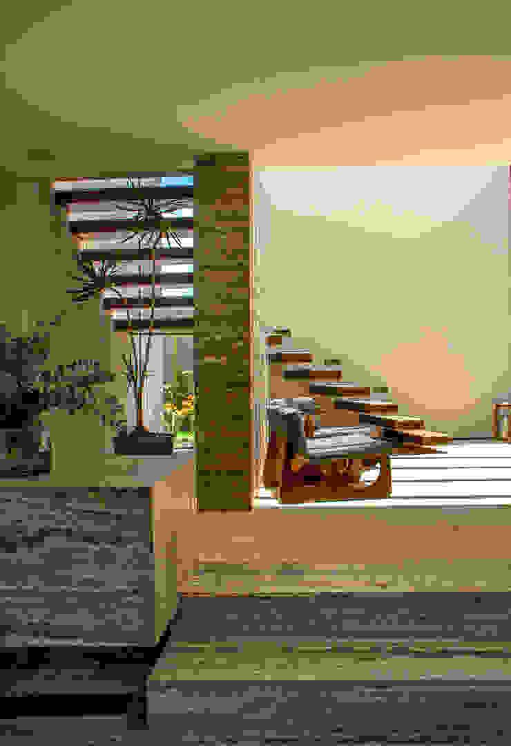 Maz Arquitectos Modern corridor, hallway & stairs