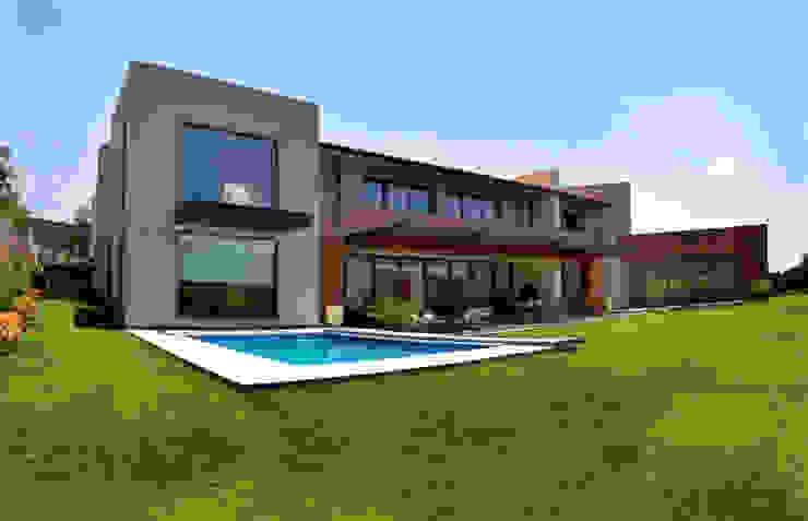 Casas modernas por Maz Arquitectos Moderno