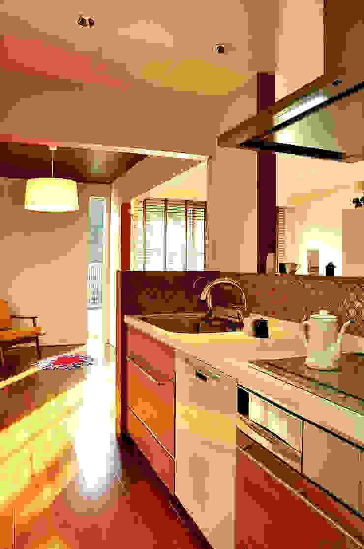 株式会社アトリエカレラ 現代廚房設計點子、靈感&圖片