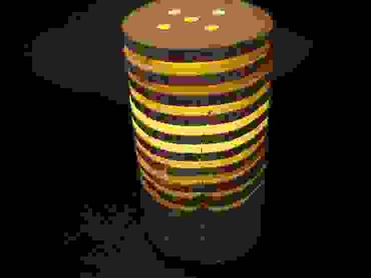Holzlampe - Tischlampe aus Keloscheiben von Jochens-Elch-O-Thek Skandinavisch Holz Holznachbildung