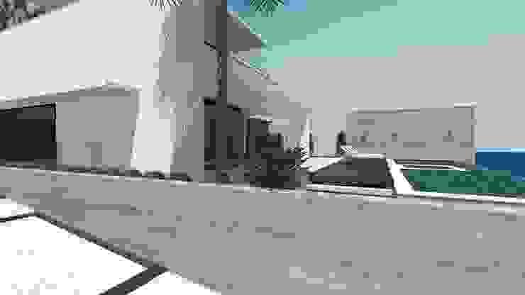 Modern Houses by Cláudia de Andrade Arquitetura Modern