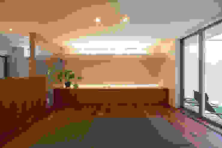Modern living room by アーキシップス京都 Modern