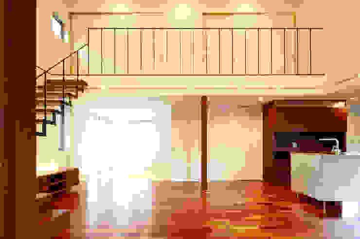 house-b モダンデザインの ドレッシングルーム の 株式会社山根一史建築設計事務所 モダン