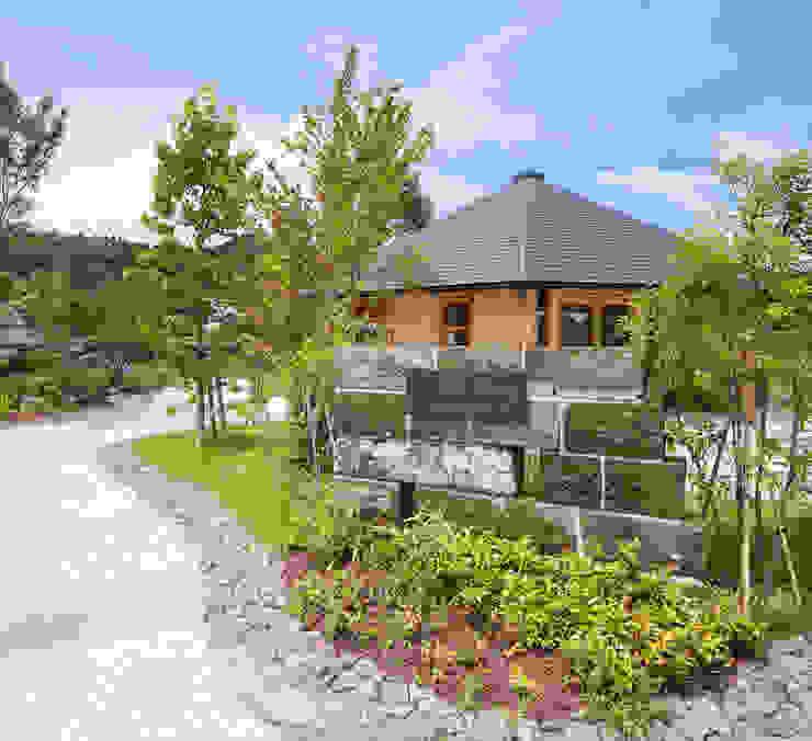 ひなた茶屋~雑木林の小さなカフェ~ オリジナルな 家 の 志賀建築設計室 オリジナル