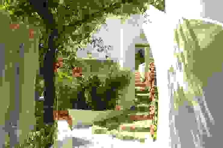 Mediterranean style house by Studio di Architettura Manuela Zecca Mediterranean